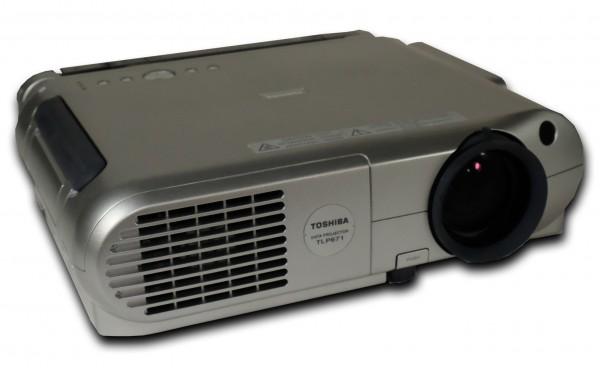 Toshiba TLP-671 - Beamer